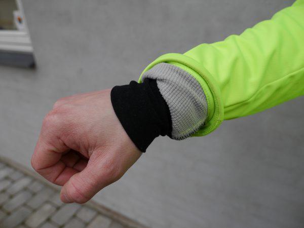 Newline-Bike-Thermal-Visio-Jacket-wrist