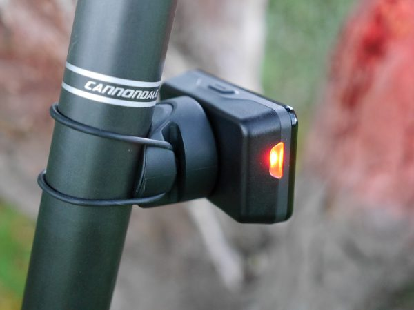 garmin-varia-rearview-mount-back