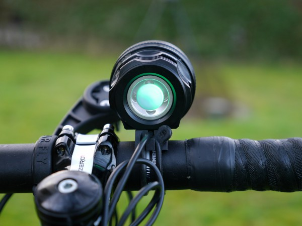 UltraLED-MTB-12000-Cykellygte-back-light