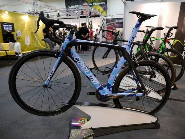 cipollini-roadbike-blue-camou