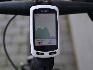 garmin-edge-touring-on-bike-01