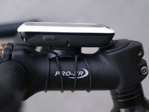 garmin-edge-touring-on-bike-03