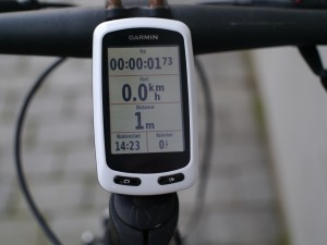 garmin-edge-touring-on-bike-06
