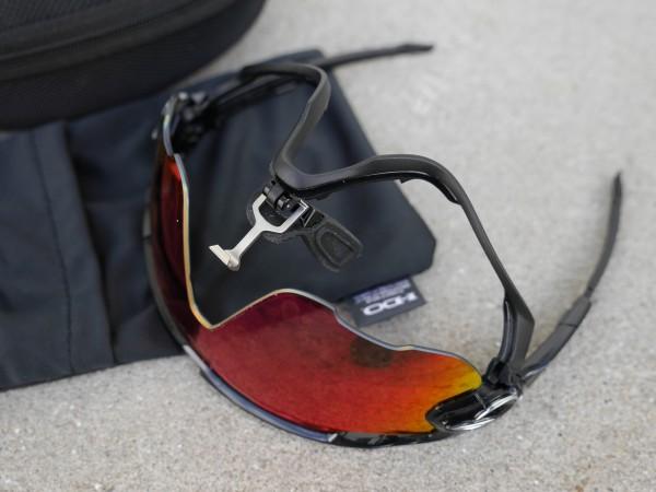 oakley-jawbreaker-polarized-change-lenses